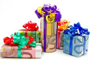 Подарок из денег своими руками- оригинальные способы оформления