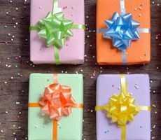 Как оригинально преподнести подарок на день рождения?