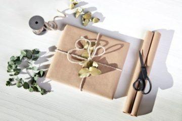 Как упаковать подарок: подборка интересных идей || Как упаковать шарф в подарок парню