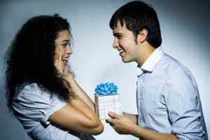 Как сделать оригинальный подарок девушке своими руками: на день рождения, на новый год.
