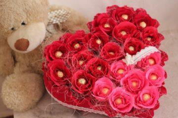 Отличный подарок девушке на 8 марта