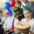 Подарок на юбилей (день рождения) компании: что можно подарить?