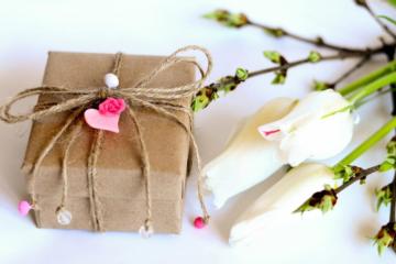 Подарок на 8 марта своими руками маме и бабушке: делаем красивые детские подарки своими руками