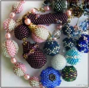 Авторские украшения из бисера Liali's Toys в подарок