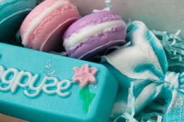 Что подарить подруге на день рождения: идеи оригинальных подарков