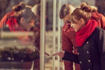 Что подарить девушке на год отношений: список лучших подарков на 1 или 2 года со дня знакомства, как правильно их преподносить