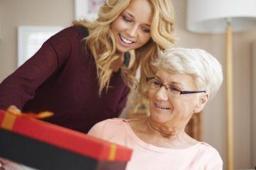 Что подарить бабушке на День Рождения? — David's