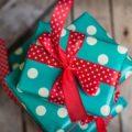Сонник Подарок от незнакомого мужчины. К чему снится Подарок от незнакомого мужчины видеть во сне - Сонник Дома Солнца