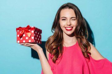 Необычный подарок девушке - ТОП 100 лучших идей оригинальных подарков
