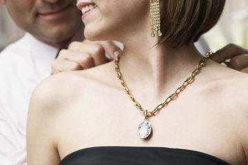Подарок девушке из серебра – купить на Ярмарке Мастеров | Товары ручной работы