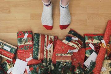 Аксессуары для праздника – купить праздничные аксессуары по выгодной цене в интернет-магазине Комус