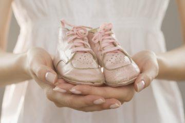 Самые интересные подарки беременным: для капризных и не очень |