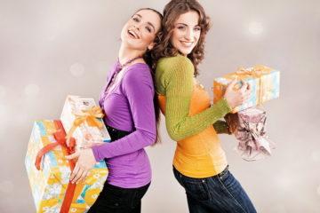 99  идей Что подарить Подруге на День Рождения, Примеры и Поздравления