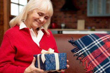 ТОП 75 лучших подарков бабушке 70-80 лет на День рождения 2019