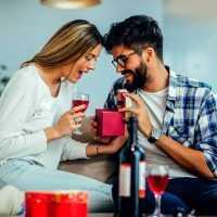 Что подарить девушке на день рождения: ТОП-30 идей оригинальных подарков
