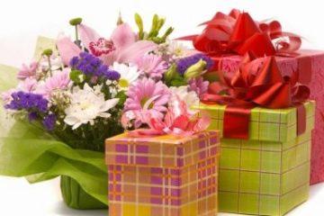 Что подарить женщине-Раку: астрологические сюрпризы