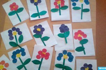 Конспект НОД по аппликации во второй младшей группе «Цветы в подарок маме и бабушке». Воспитателям детских садов, школьным учителям и педагогам - Маам.ру