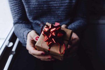 Что подарить девушке на день рождения - Лайфхакер