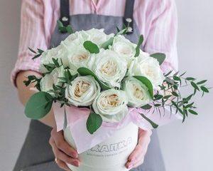 Цветы любимой женщине - купить в Самаре в цветочном салоне «Охапка»