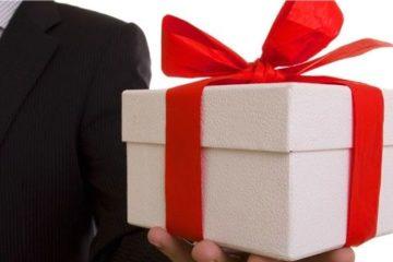 Что подарить коллегам на 8 марта – 100 оригинальных идей подарков