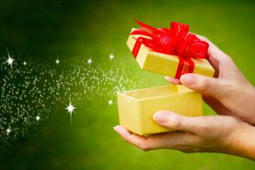 Как выбрать подарок-впечатление: что и кому подарить? Как сделать подарок, который запомнится надолго? Подарите яркие впечатления. Например, прыжок с парашютом, урок танцев, ужин в темноте, полет на воздушном шаре или параплане.