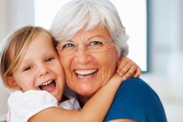 Какой подарок подойдет бабушке на юбилей?