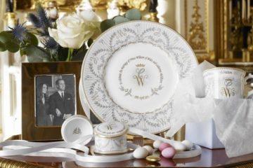 Что дарить на фарфоровую годовщину свадьбы — идеи оригинального подарка друзьям на 20 лет совместной жизни. Что подарить родителям на 20-летие свадьбы
