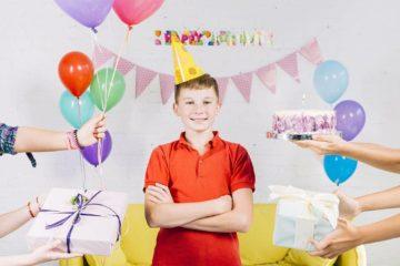 Что подарить мальчику на 10 лет - лучшие и интересные идеи подарка