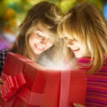 160  Идей Что Подарить Девочке на 14 лет (в картинках)